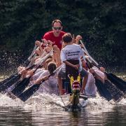 GODYO Drachenboot-Sprint Team in Action