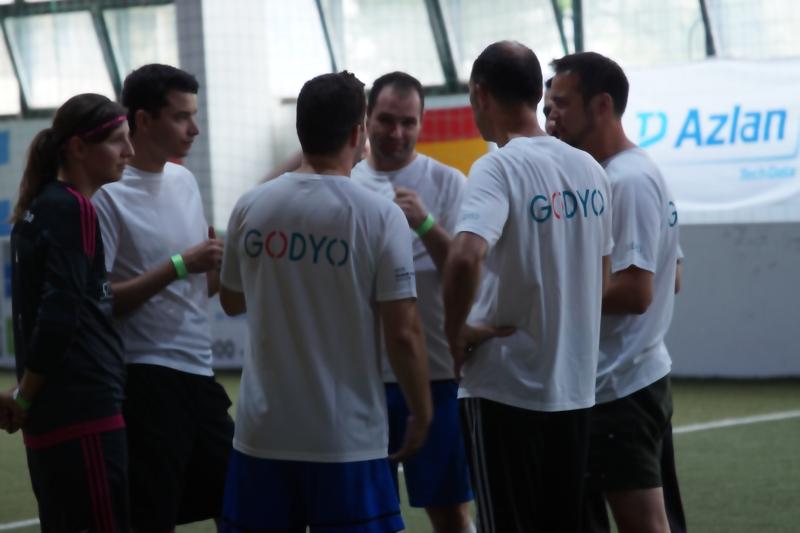 Fußball Hallenmasters von HPE und Tech Data azlan