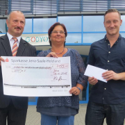 Spendenübergabe an die Elterninitiative für krebskranke Kinder Jena e.V.